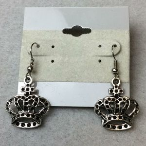 Jewelry - New 5 Silver and Black Crown Earrings